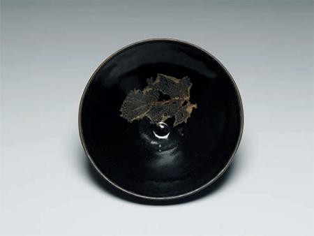 宋  吉州窯  黑釉木葉紋茶碗