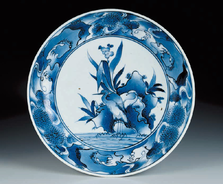DISH Blue-and-white with heron design